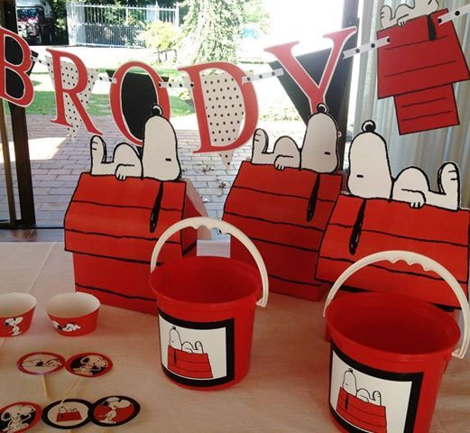 Snoopy party supplies made by Such Fun www.suchfun.co.za
