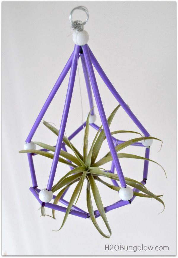I'm going to show you how to make a DIY Himmeli air plant holder today. A What? …a H-I-M-M-E-L-I I should warn you…This DIY Himmeli air plant holder is so fun and so cool, you just might get hooked on this simple, but addicting art form. A while ago I started seeing these geometric...Read More »