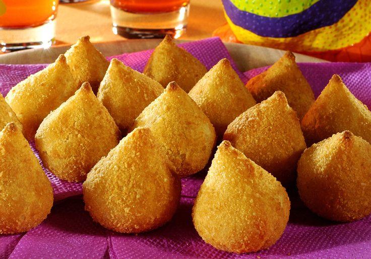 25 salgadinhos deliciosos e típicos de festas infantis. #festinha