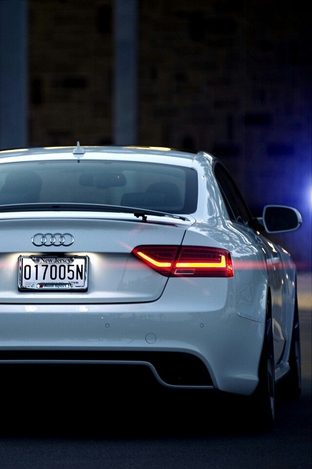 One of these for my dream collection #audiRS5 New Hip Hop Beats Uploaded EVERY SINGLE DAY http://www.kidDyno.com