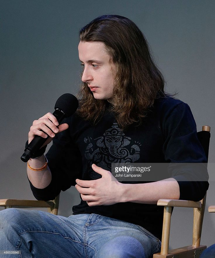 actor-rory-culkin-attends-apple-store-soho-presents-tribeca-film-picture-id486538845 854×1,024 pixels