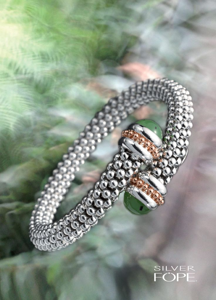 Cross-over bangle in #Silverfope with green jade.