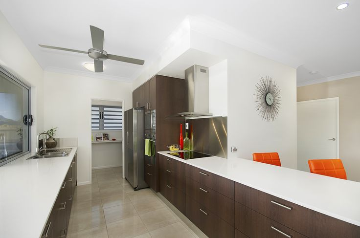 Kitchen www.martinlockehomes.com.au #newhome #stonetops #butlerspantry #townsville #builder