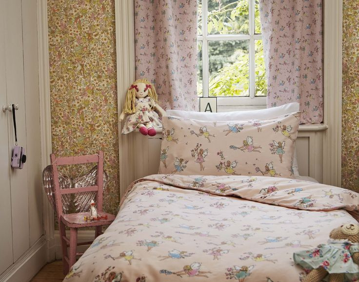 83 best the home of modern vintage images on pinterest for Cath kidston bedroom ideas