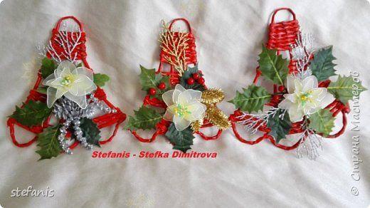 Поделка изделие Новый год Плетение у меня такие венки на двер получилис Бумага газетная Трубочки бумажные фото 2