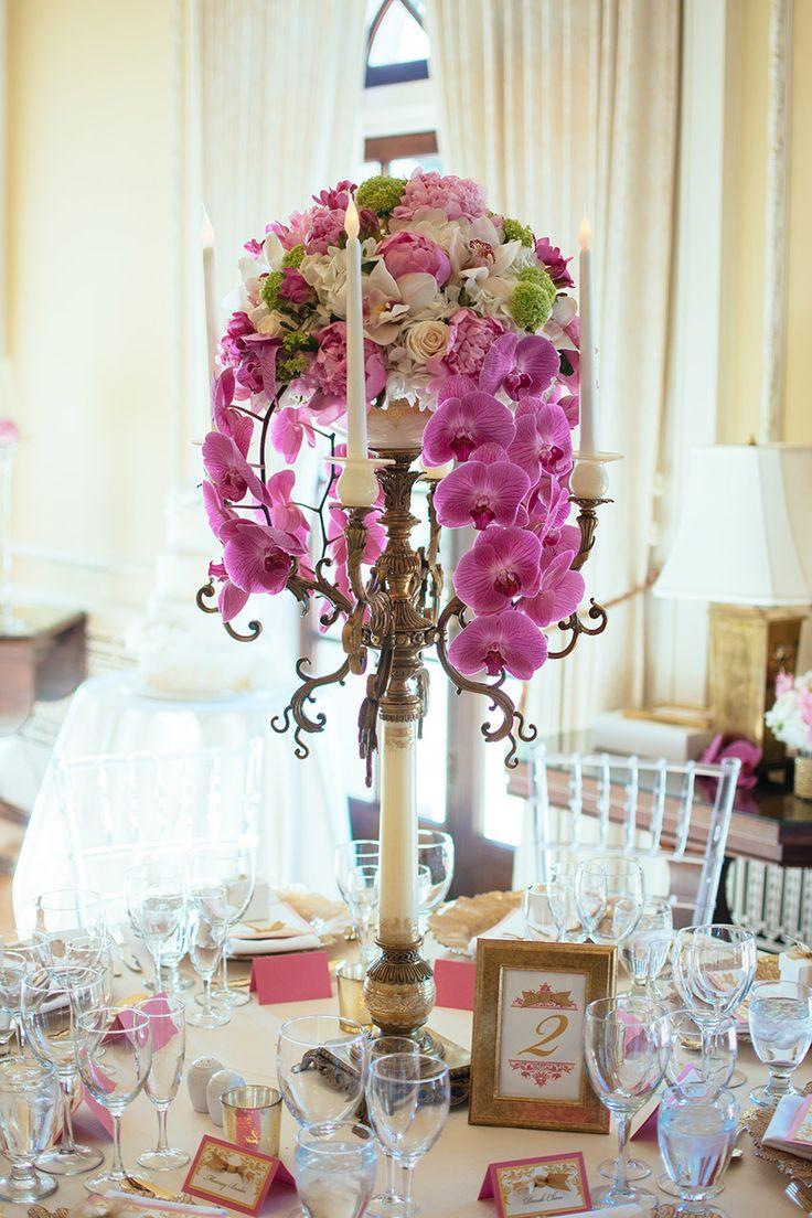 Gorgeous centerpiece with white hydrangeas ranunculus