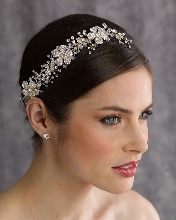 Berger - 2562 - All Dressed Up, Headpiece