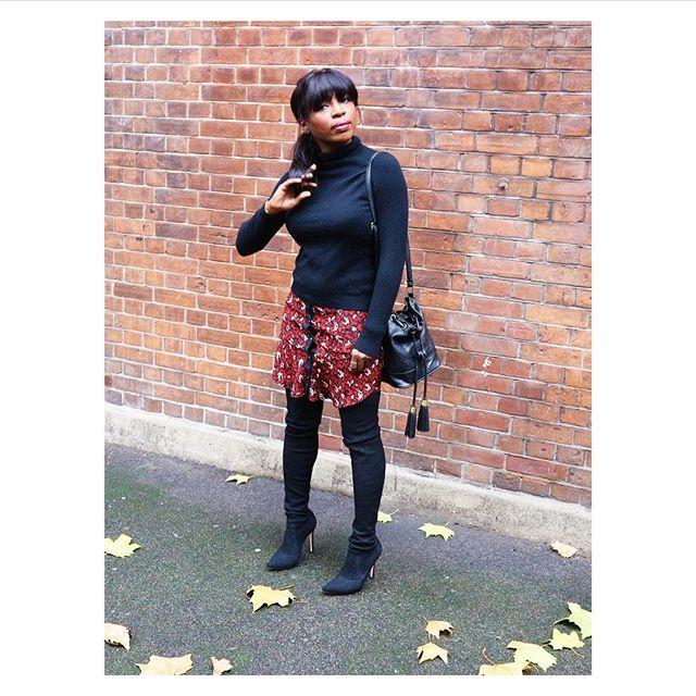 Reposting @styledbymo: Yo yo yo #london.☺️ #polo #uniqlo #skirt #asos #boots #gianvittorossi #bag #asos #fashionblogger #fashion  #styleinspiration #style #outfitoftheday #ootd #whatiwore #pickoftheday #londonlife #fashionstyle  #whattowear  #luxe #fashiondiaries #styleblog  #styledbymo #womensfashion #stylish #lookbook #instastyle