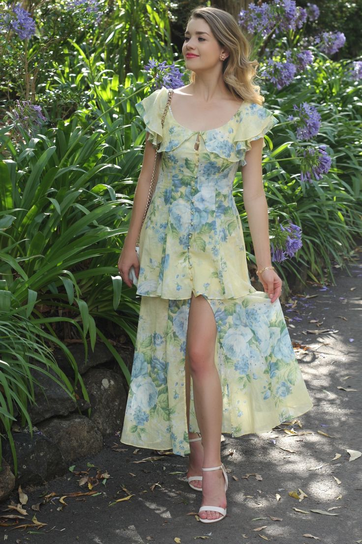 """Current favourite dress now live on #theprofessionalcinderella.com in """"Butter Blossom and High Tea"""" 🌼🌼🌼. . .📷: @made_in_chelsey  #ootd #outfitoftheday #lookoftheday #fashion #fashiongram #style #love #beautiful #currentlywearing #lookbook #whatiworetoday #outfit #clothes #wiw #mylook #fashionista #todayimwearing #summer #vintage #stylish #instastyle #streetstyle #fashionblogger #instafashion #alicemccall #floral #yellow"""