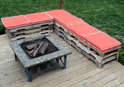 outdoor benches from pallets - Click image to find more Gardening Pinterest pins
