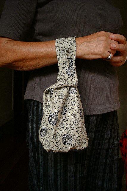 Japanese Knot bag tutorial.