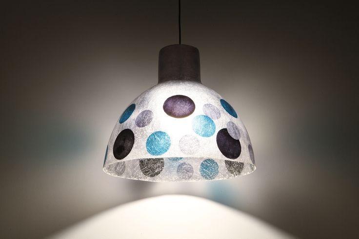 Cold Dots Industrial - Χειροποίητο κρεμαστό φωτιστικό οροφής από fiberglass  Μπορεί να δεχθεί όσα watt χρειάζεστε για τον χώρο σας, καθώς και λάμπες οικονομίας/led.