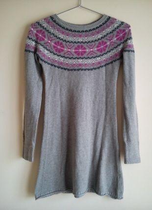 Kup mój przedmiot na #vintedpl http://www.vinted.pl/odziez-dziecieca/dziewczynki-swetry-i-bluzy/10376442-szary-sweter-dla-dziewczynki-hm