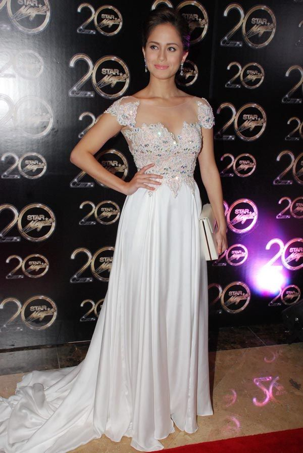 Jessy Mendiola in white, at the Star Magic Ball. Photo by ...