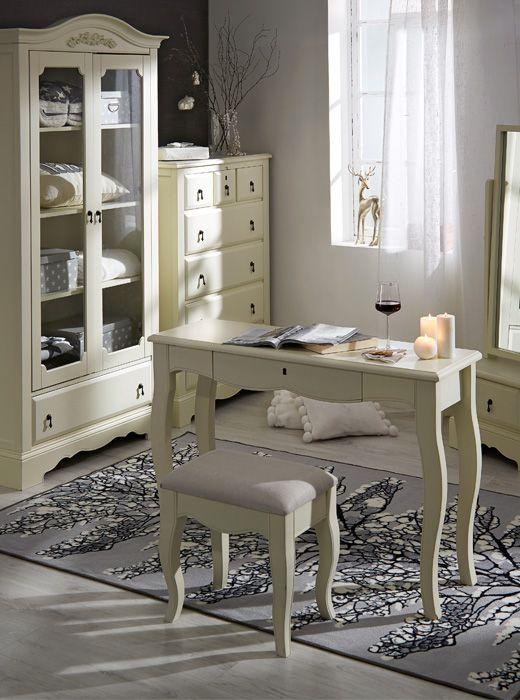 Kermanvalkoiset Isabella-huonekalut tuovat kotiin ripauksen romantiikkaa. https://www.hobbyhall.fi/web/store/koti-ja-sisustus?utm_medium=pin&utm_campaign=j8_2014&utm_source=pinterest&utm_content=fiiliskuvat