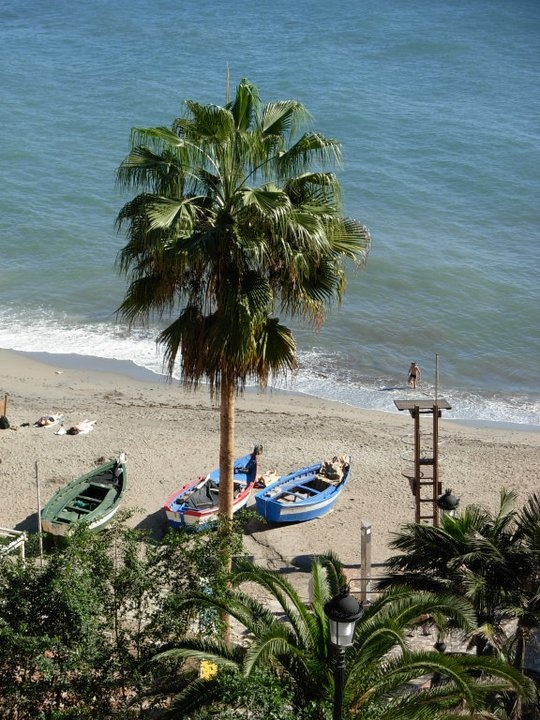 Nerja, Papagayo beach....  http://www.andalusie-zeezicht.nl/andalusie/la-axarquia/nerja