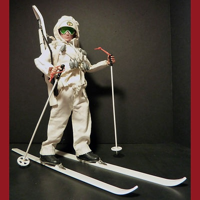 Vintage HASBRO GI Joe Action Soldier Mountain Troop Ski Patrol Set