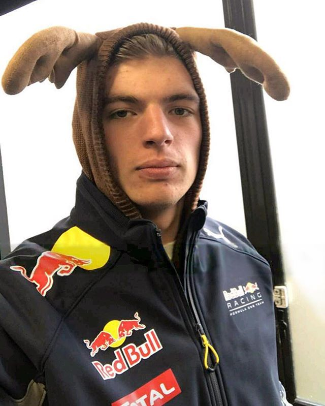 It's beginning to look a lot like Christmas #redbullracing #staytuned
