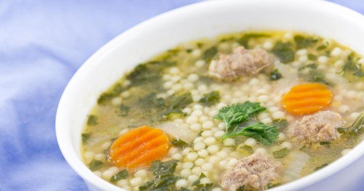 Quand la tradition rime avec soupe chaude qui fume, on adore ça! Vous ne pourrez plus vous passer de cette soupe italienne, elle est trop EXCELLENTE!