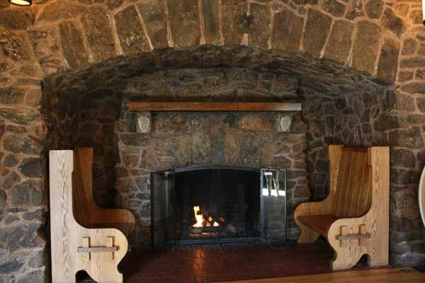 The Highwayman - The fireplace with the settles | Assets ...