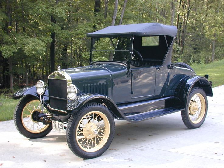 1927 Ford Model T Roadster.