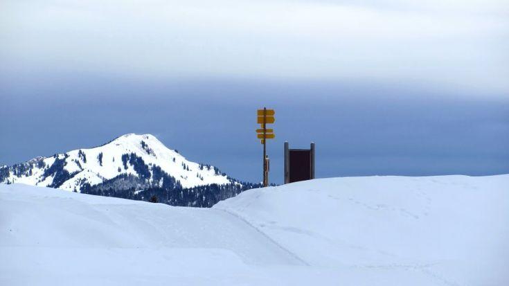 Tolle Ausblicke auf dem Winterwanderweg über die Hemmersuppenalm bei Reit im Winkl