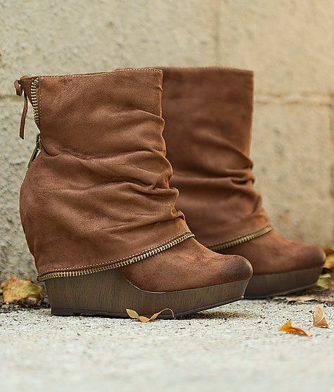 Not Rated Kit Fox Boot! These boots are so comfortable!! They are wider at the top then they look.