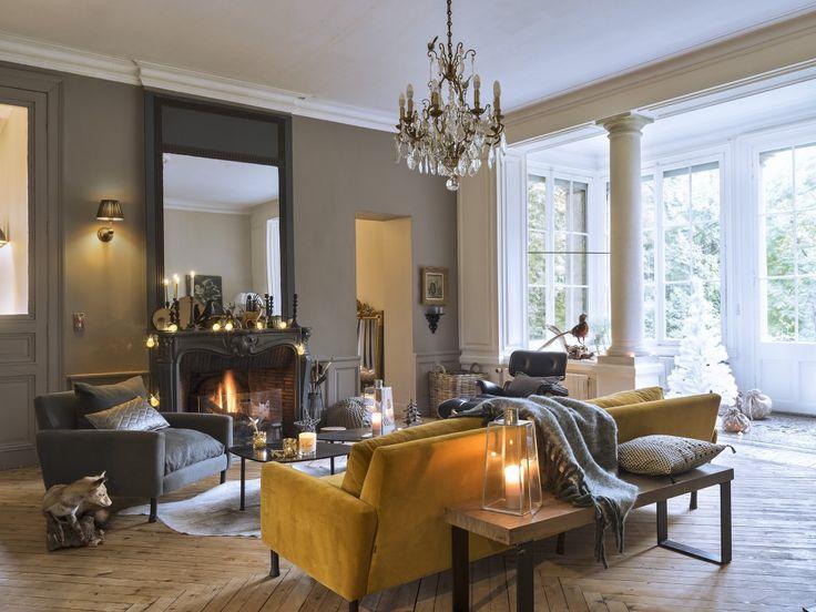 Pin by Marine Ponsart on Le salon Pinterest Salons, Yellow sofa