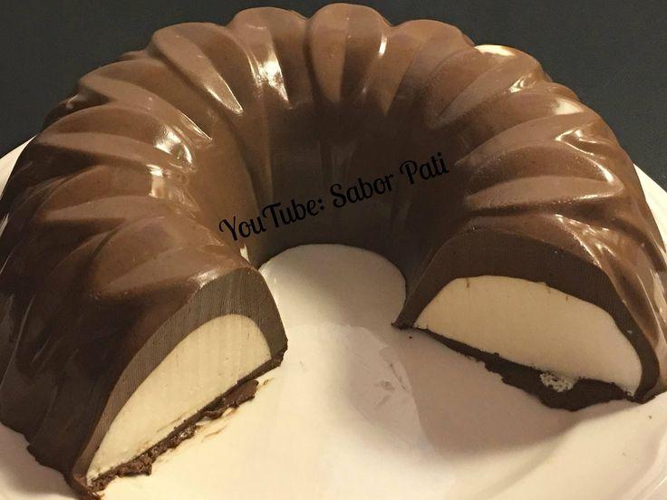 Gelatina de chocolate con corazón de gelatina queso crema