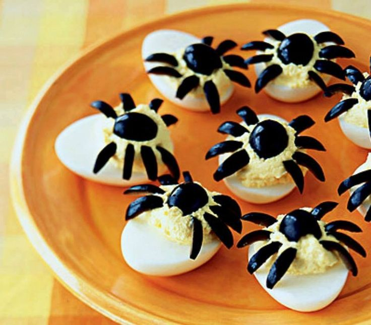 oeufs-araignées pour Halloween