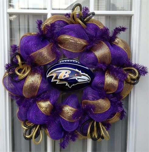 Super Bowl Party Decorations Uk: 17 Best Ideas About Ravens Wreath On Pinterest