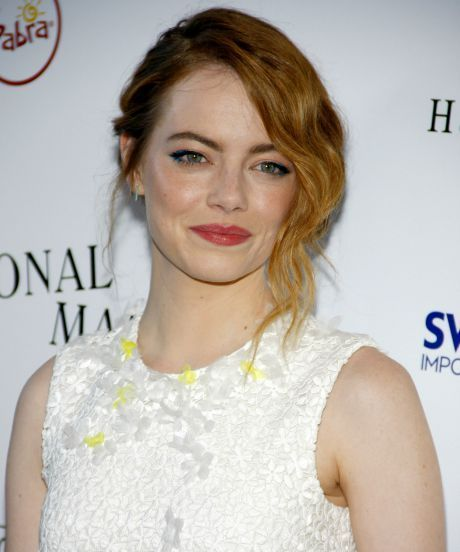 "Emma Stone On Hollywood's ""Older-Man Problem"" 