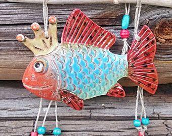 2 peces de cerámica. Único pescado con madera local de Costa de mar Báltico peces regalo regalo único de la decoración de la pared. Regalo de la pesca. Pesca de hadas. Decoración de playa