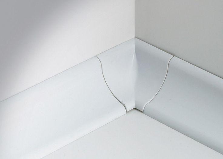 Sanitec SB30P este un profil clasic pentru etansarea rosturilor dintre cadite si perete. Ideal pentru rosturi de pana in 2cm.