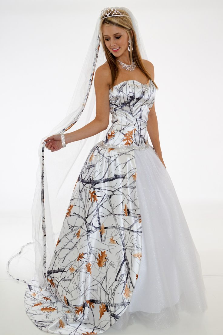 Camo Wedding Dresses with Veil
