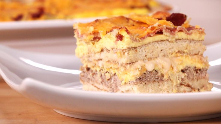 Pancake Lasagna: An Insanely Decadent Start to the Day: Chef Eric Greenspan is back with another must-try cross-cultural mashup of a recipe: pancake lasagna.