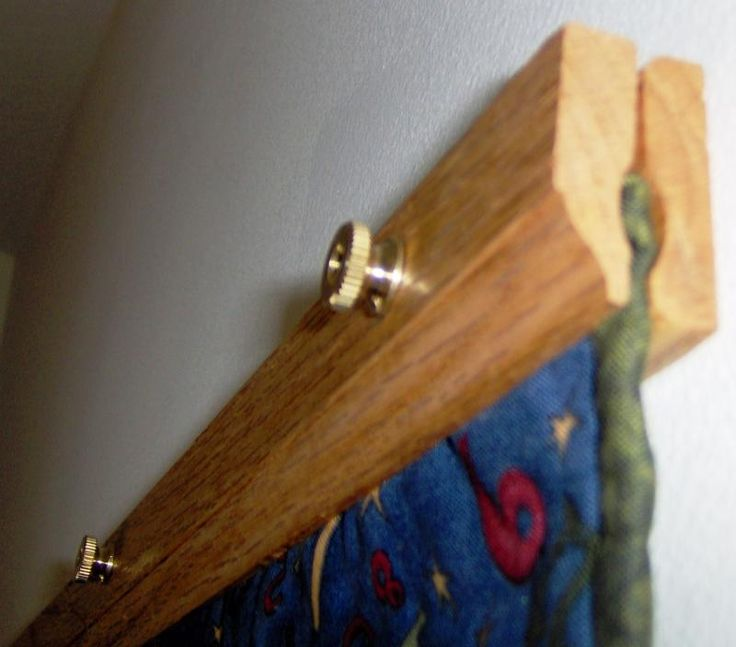 Custom Memory Quilts - Quilt Hangers