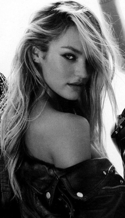 Candice Swanepoel - she's my 2nd favorite VS model - after Miranda of course - so gorgeous