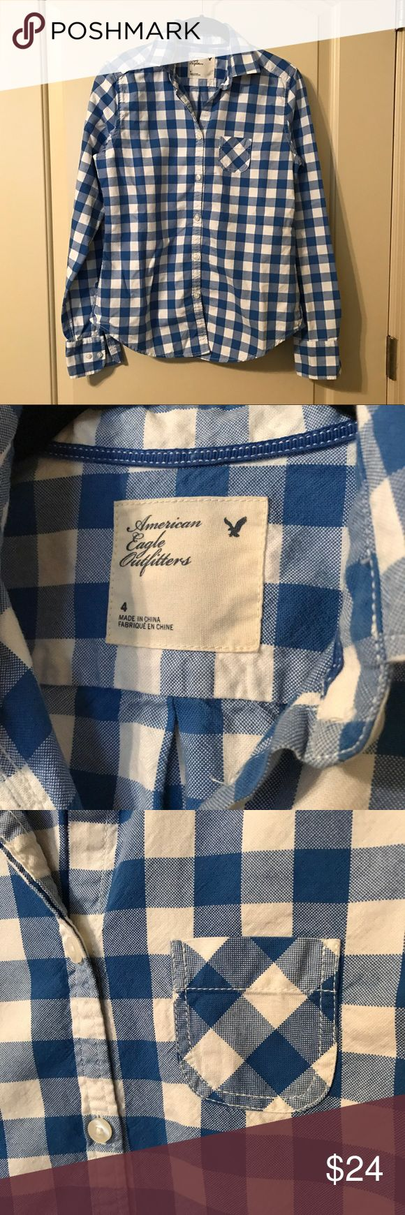 AE Blue and White Women's Oxford Shirt American Eagle women's Blue and White Oxford Button-up Shirt Size 4 Worn a couple of times, washed on delicate and hung to dry, great condition! 100% Cotton American Eagle Outfitters Tops Button Down Shirts