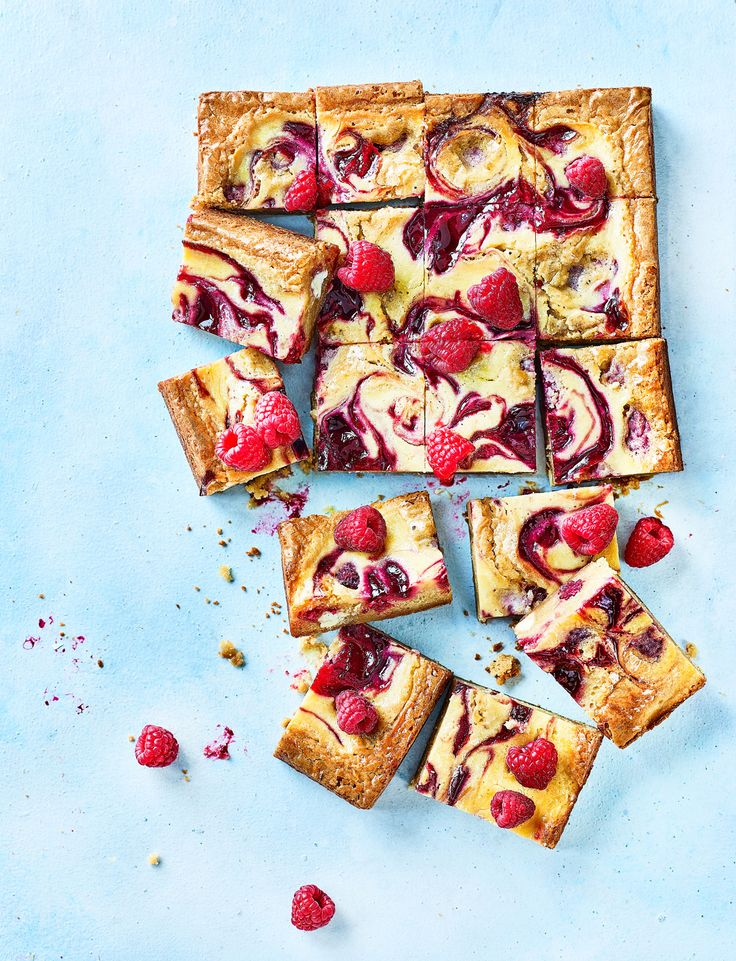 Our raspberry ripple blondies recipe is packed with juicy raspberries and chunks of white chocolate, plus a delicious cheesecake swirl