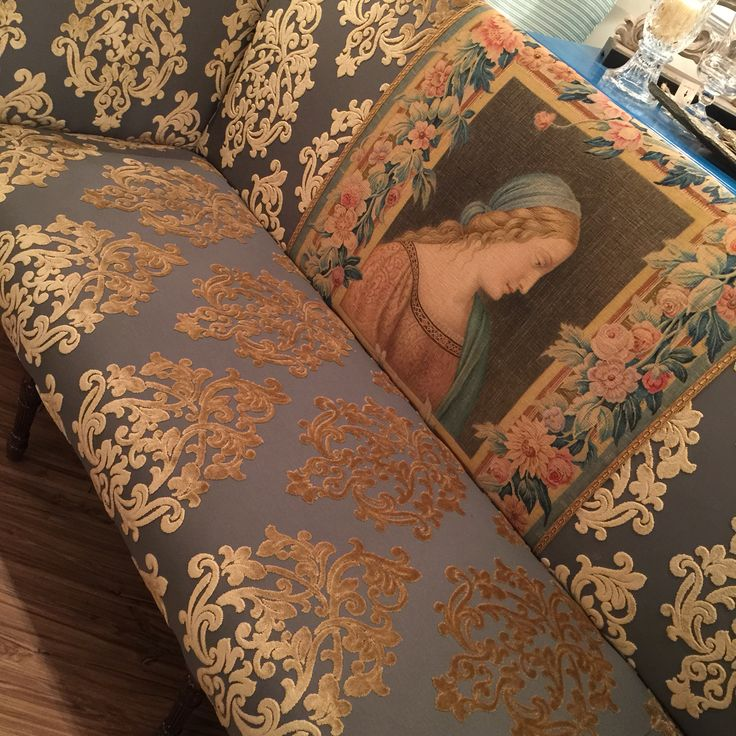 Antique Tapestry Sofa: 1000+ Images About Sheraton Style Sofas On Pinterest