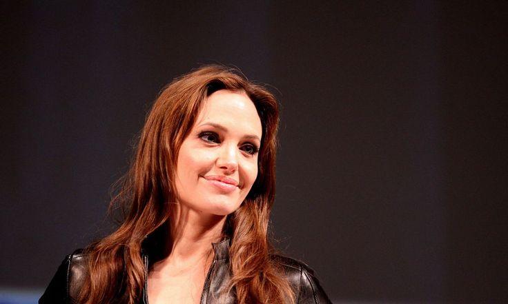 Angelina Jolie, Brad Pitt Divorce: Actress Dumps Husband For Lesbian Lover and Drugs?