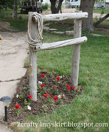 Front Yard Western Decor ~ Hitching Post.    Just use what you have.  Anything will look nice. I am so doing this!!!