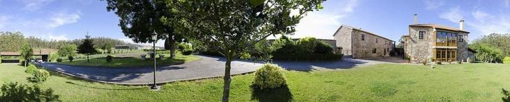 Muxía - Casa de Trillo - Casa de Trillo es un alojamiento rural con 6 habitaciones a las que se suman dos apartamentos. A 5 km de la playa más cercana, también se encuentra en las inmediaciones del Camino de Santiago (prolong...