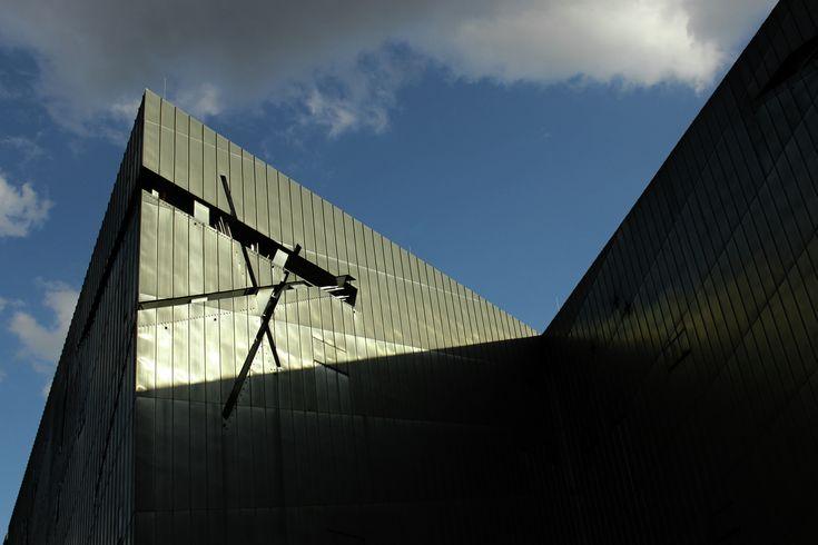 Galeria de Clássicos da Arquitetura: Museu Judaico de Berlim / Daniel Libenskind - 16