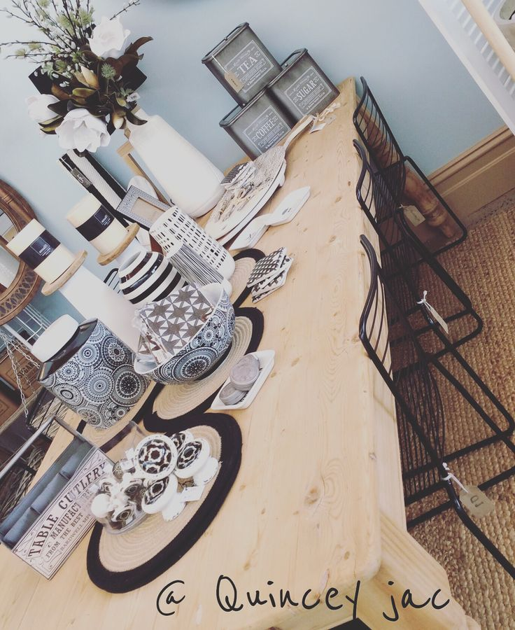 A beautiful 8-10 seater recycled table paired with stunning black metal wire chairs #ontrend #raw #recycled #wood #wire #black #oneofakind #gifts #quinceyjac