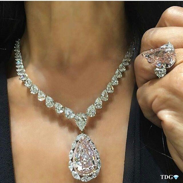 #RepostSave @saudifashionblog_1 with @repostsaveapp  · · ·   #jwellery #diamonds #whitegold #saudifashionblog #style #brands #blog