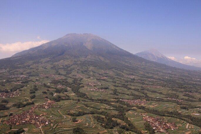 Puncak Gunung Andong, Jawa Tengah