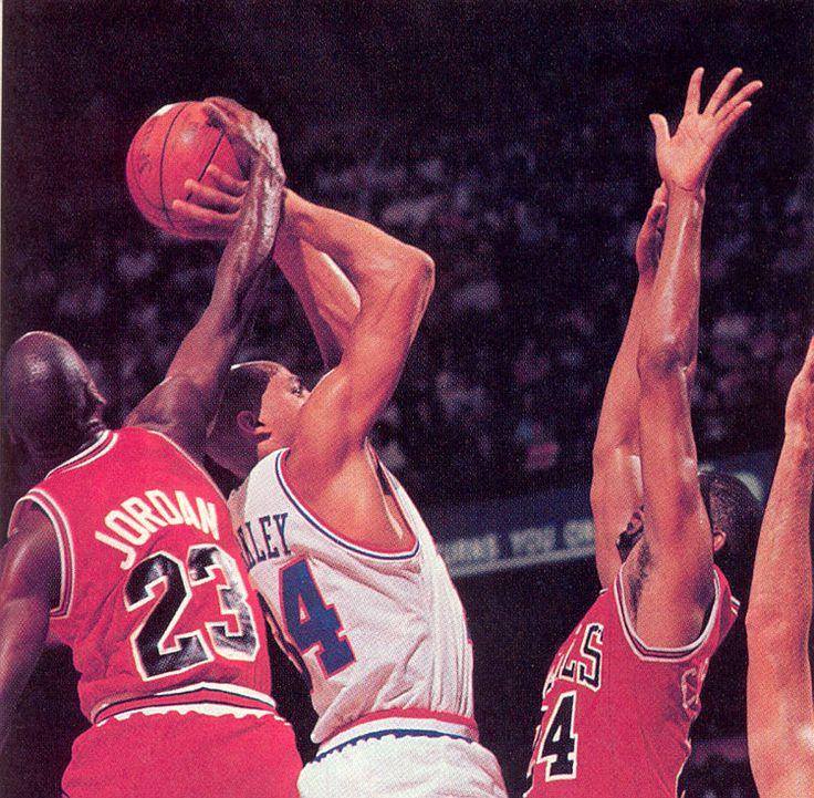 414 best My Bulls images on Pinterest | Basketball ...