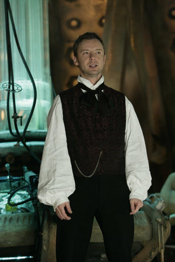 Doctor-Who-187-Utopia-The-Sound-of-Drums-Last-of-the-Time-Lords-S3E11-12-13-John-Simm-dvdbash-51